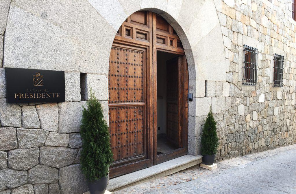 leitmotiv-design-la-casa-del-presidente-hotel-entrada-01