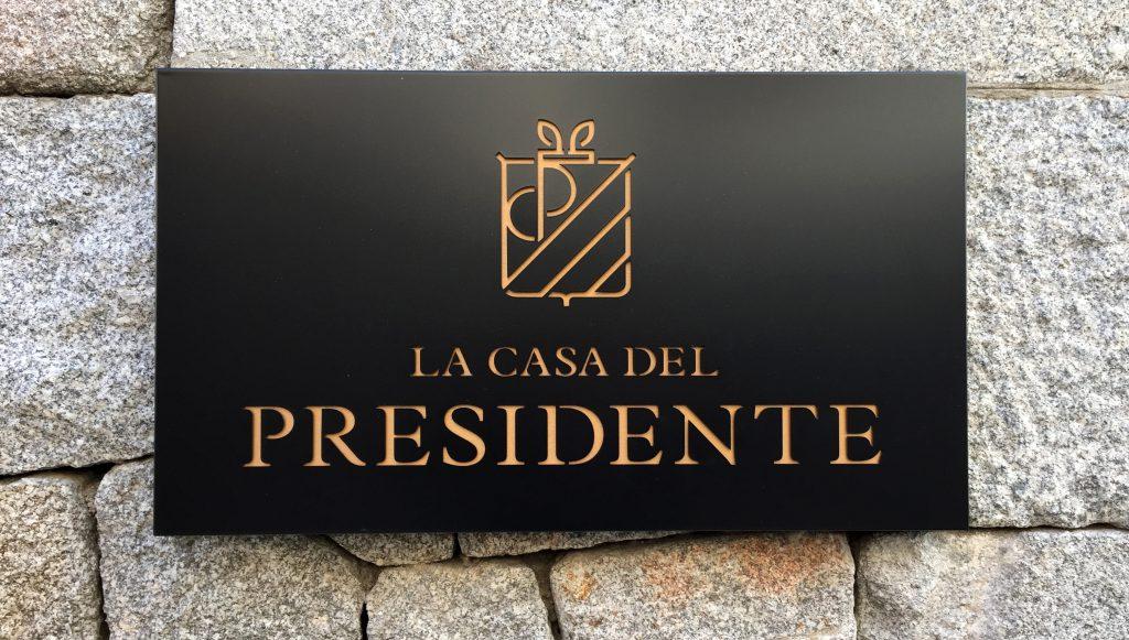 leitmotiv-design-la-casa-del-presidente-hotel-placa