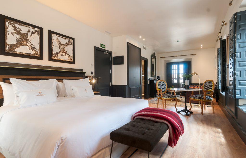 leitmotiv-design-la-casa-del-presidente-hotel-room-01
